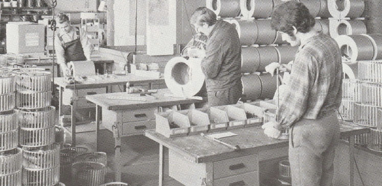 Produktion in der Fischbach Werkhalle Anfang der 1960er